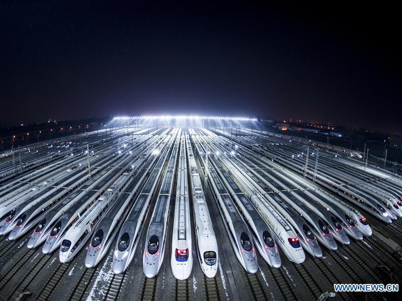 high speed trains in Wuhan (Credit: Chinanews.com)