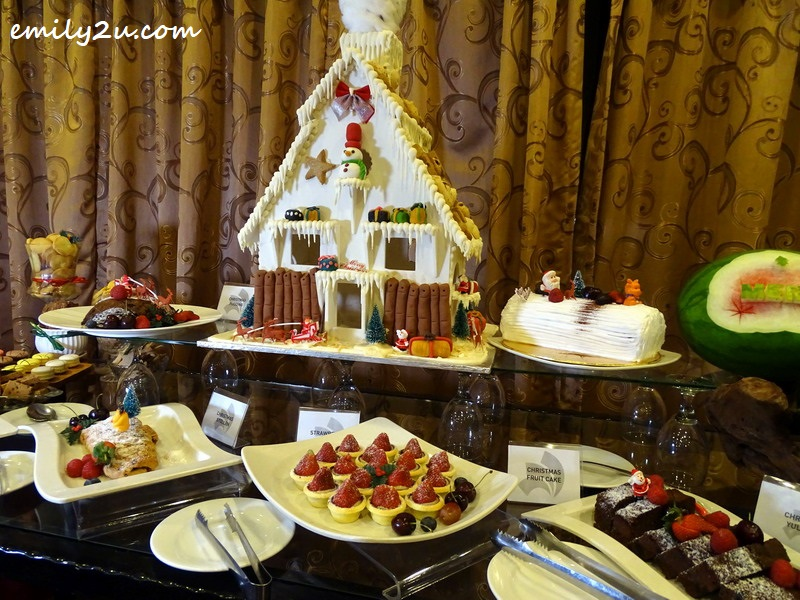 16. Christmas dessert counter