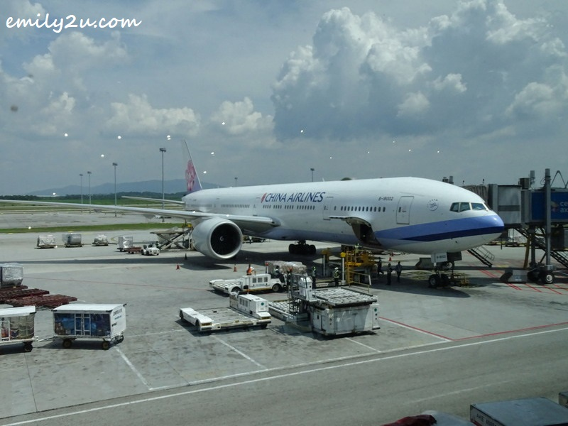 1. my first flight experience on China Airlines, on a B777 300ER