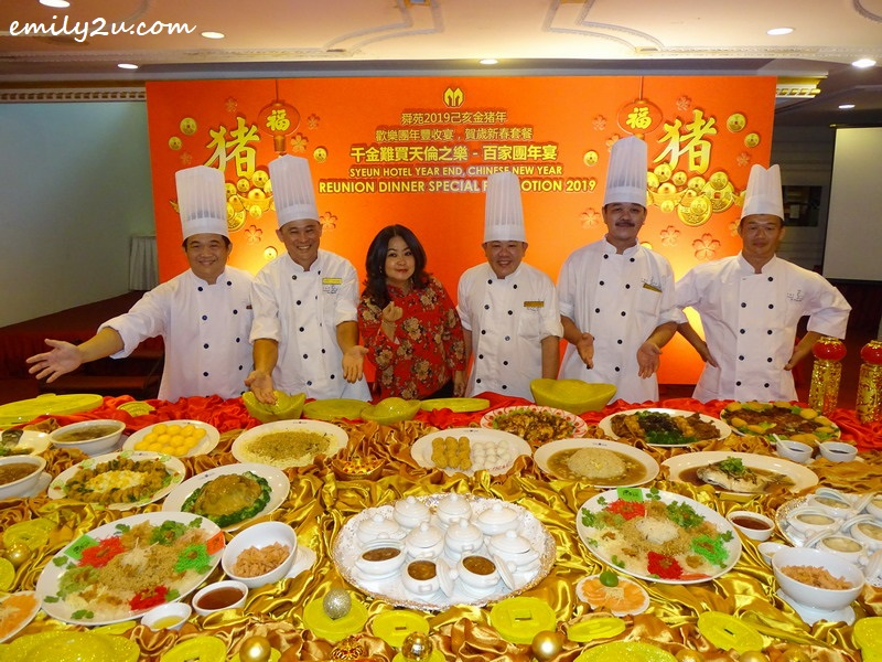 Syeun Hotel Sales & Marketing Director Ms Maggie Ong with the hotel's culinary team