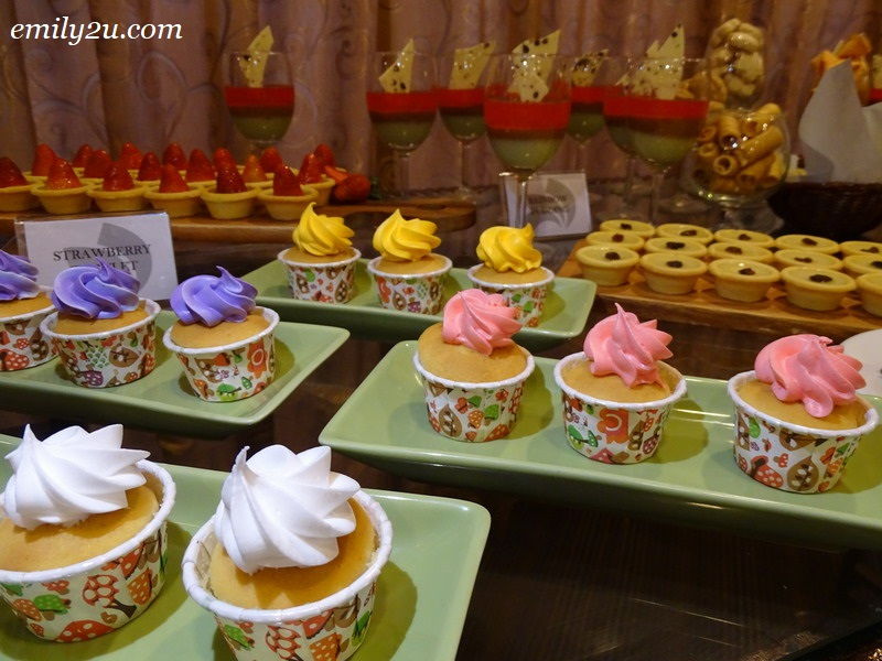 10. cupcakes