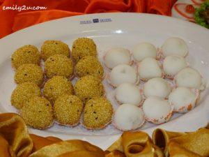 10 Menu A Two Variety Cookies