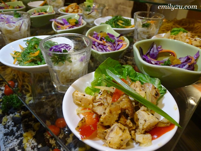 12. Thai glass noodle salad with minced chicken