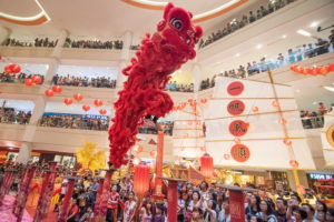4 acrobatic lion dance performance