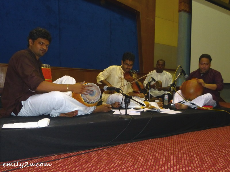 Subain (2nd from R) performs at a violin recital, Geethanjali