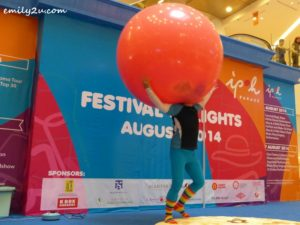 Giant Balloon - 10th Aug 2014