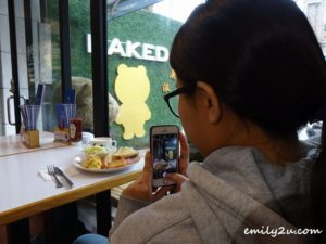 1 The Naked Cafe
