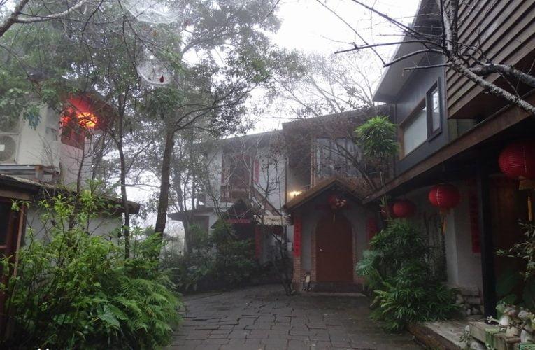 Rustic Hakka-style Accommodation @ Zhou Ye Cottage