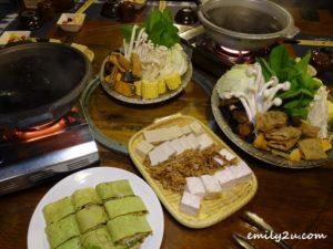 10 vegetarian steamboat