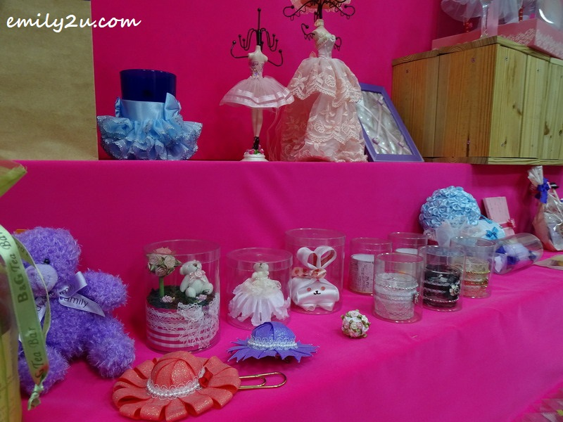 different products made using ribbons