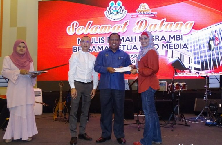 Media Bureau Chiefs Feted by Ipoh City Council