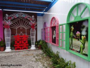 2 Ribbon King Museum