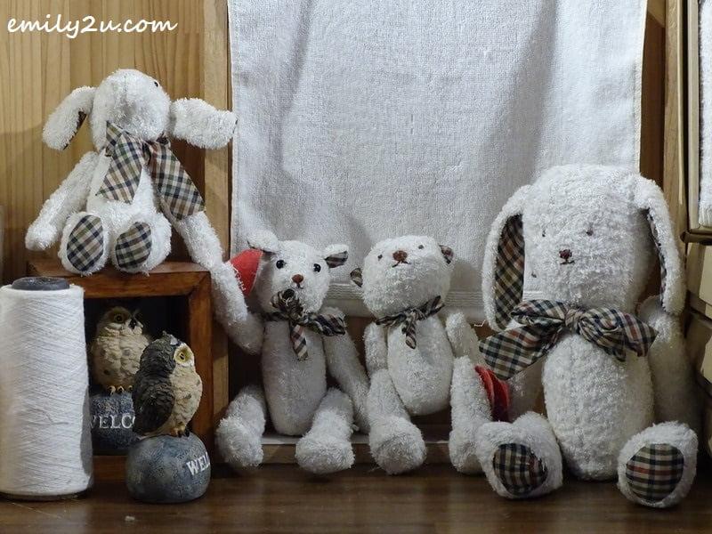 towel bear family