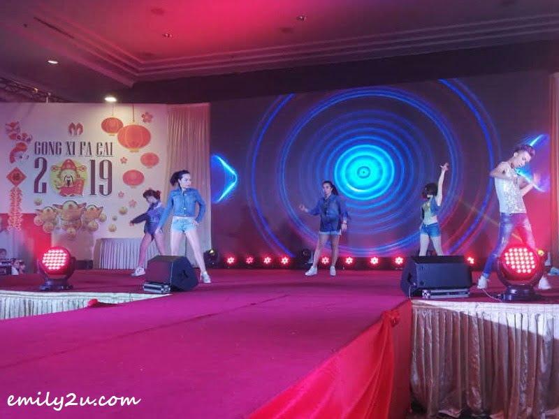 4. dance presentation