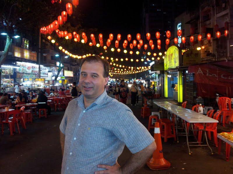 Rohan Cox enjoying the scene at Jalan Alor, Kuala Lumpur