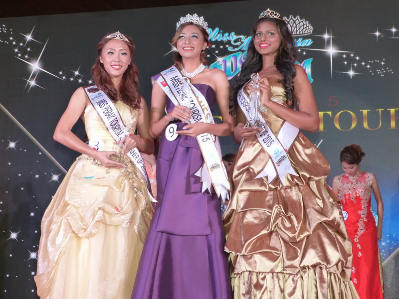 L-R: 2nd runner-up Nicole Tan Pi Yao, Miss Perak Tourism 2015 Rishon Shun, 1st runner-up Davina Naidu