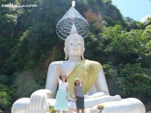 Tefa (R) & Anne (L) - Wat Puthanimittam, Ipoh