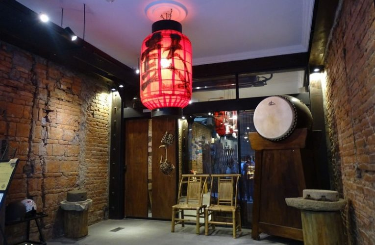 Storytime at Eirakucho Drum Tea House 永樂町鼓茶樓-答嘴鼓