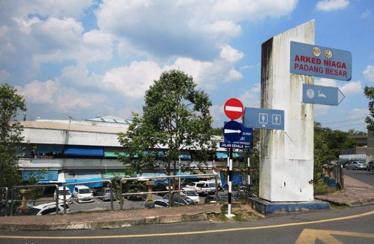 Shopping at Padang Besar, Perlis