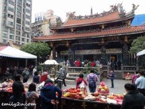 4 Manka Longshan Temple Taipei