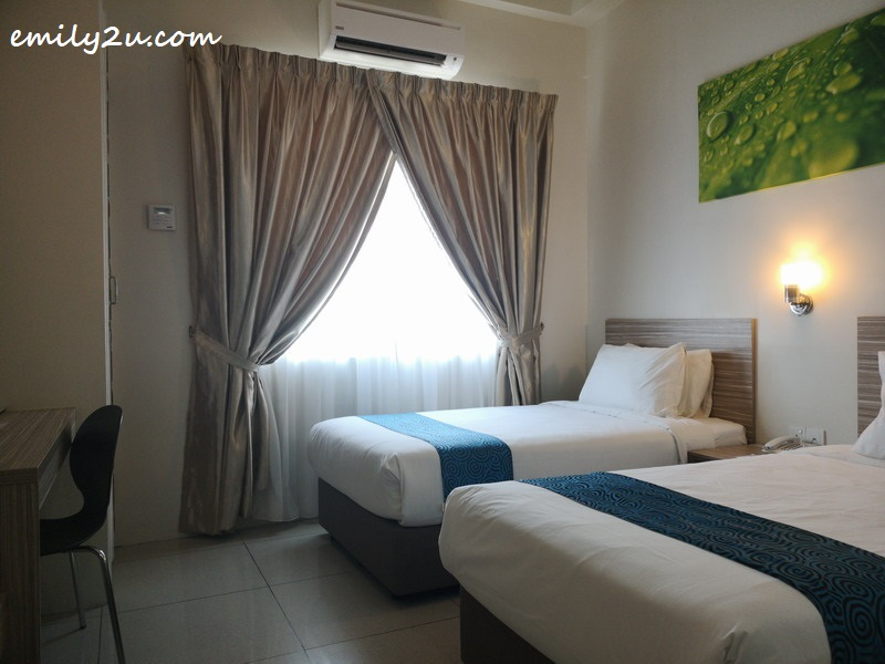 twin-sharing deluxe room