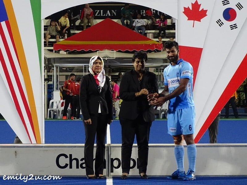 Best Player of Tournament: Surender Kumar (6) / India