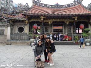 7 Manka Longshan Temple Taipei