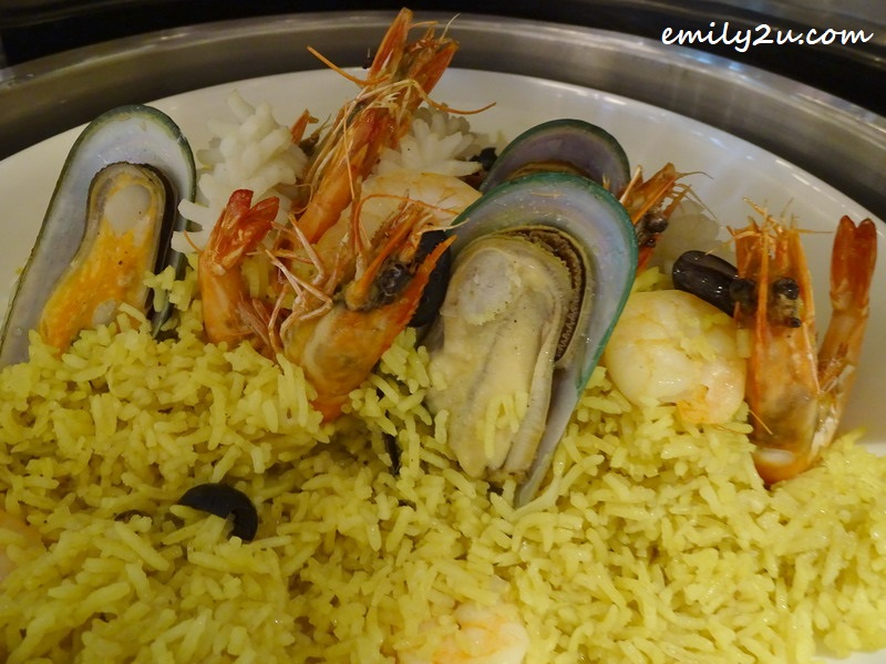 Indian paella rice with seafood