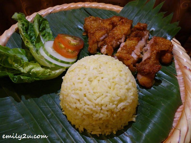 Nasi Ayam Berempah
