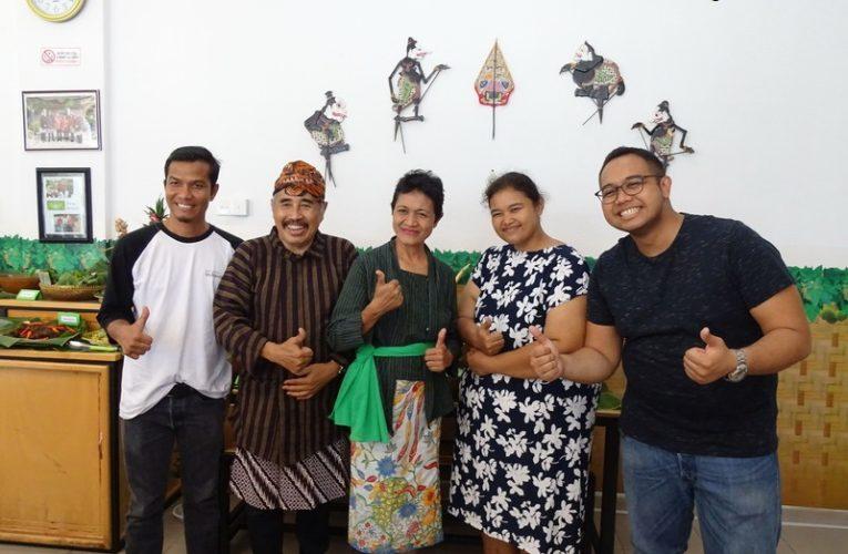 Authentic Javanese Cuisine @ Sego Pecel Bu Wir, Batam, Indonesia