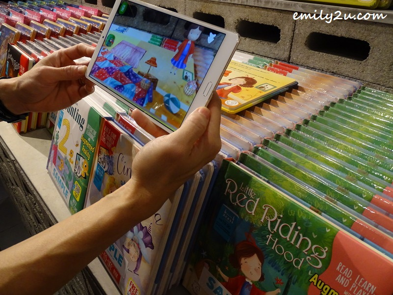 Augmented Reality (AR) books