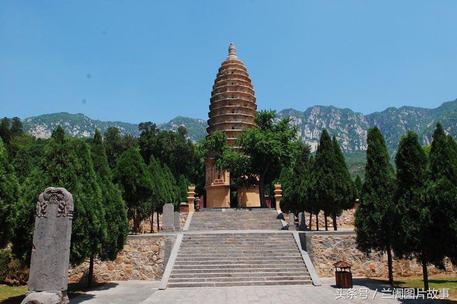 Songyue Pagoda. Photo: tran.news.so.com