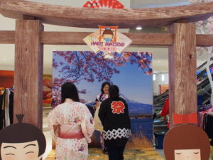 dress up in yukata for a photo moment at the Ipoh Parade Haru Matsuri