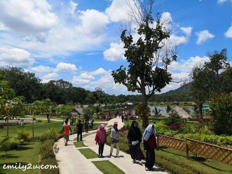 Poyotomo Fishing Park in Bintan