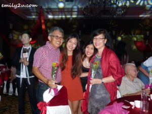12 Michael Chow Kah Miew & Julia Yeow Choy Wan with their two daughters