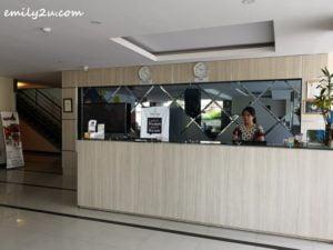 2 Nite and Day Hotel Batam