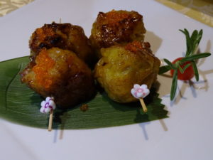 4 Pan-fried Siew Mai with Crab Roe