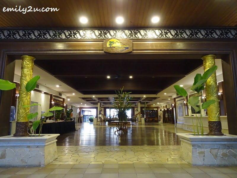 entrance to Damai Beach Resort