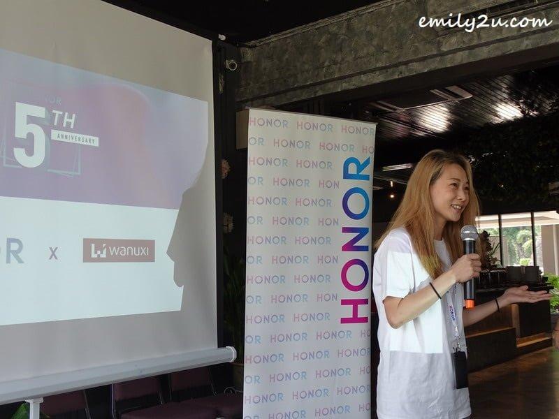 Honor Malaysia Marketing Director Clarissa Ng