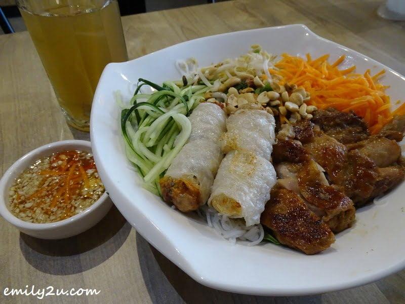 Bun Cha Gio (Spring Roll Vermicelli Salad) with ginger lemongrass tea