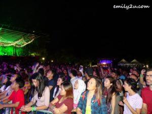 9 concert lovers