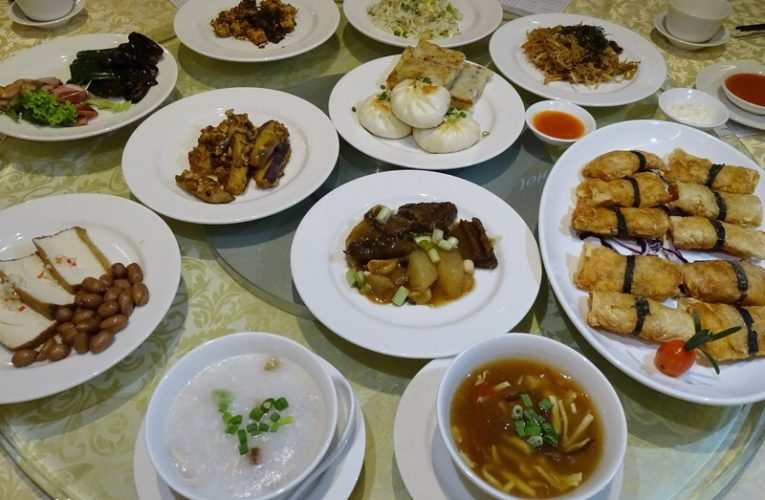 Eat-All-You-Can Dim Sum Buffet Lunch for only RM48 @ WEIL Hotel Ipoh
