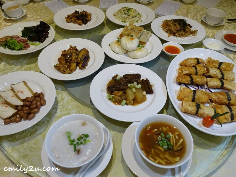 scrumptious lunch at Ipoh WEIL Hotel Yuk Sou Hin Chinese Restaurant