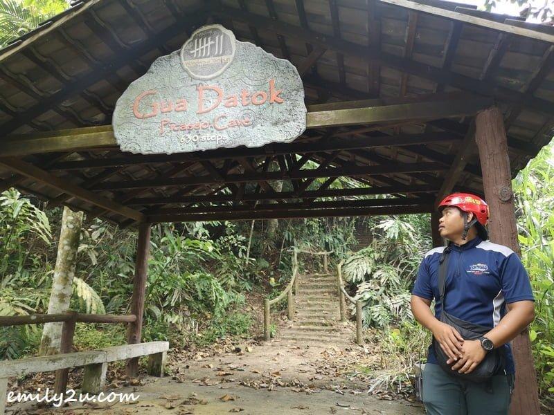 beginning of Gua Datok trail