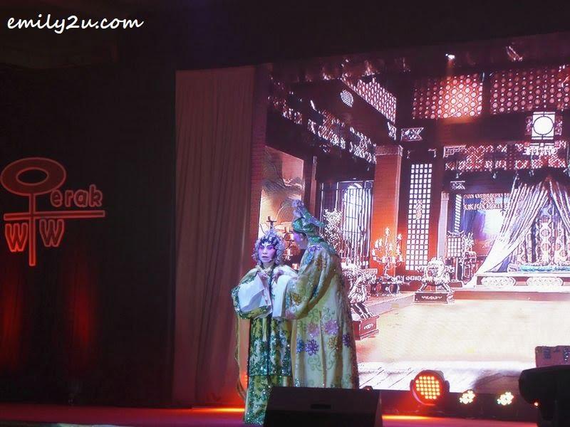 Cantonese opera by KSK Art Crew