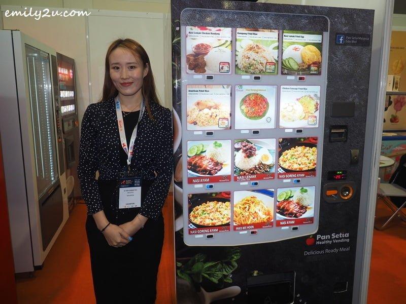 Setia healthy food vending machine