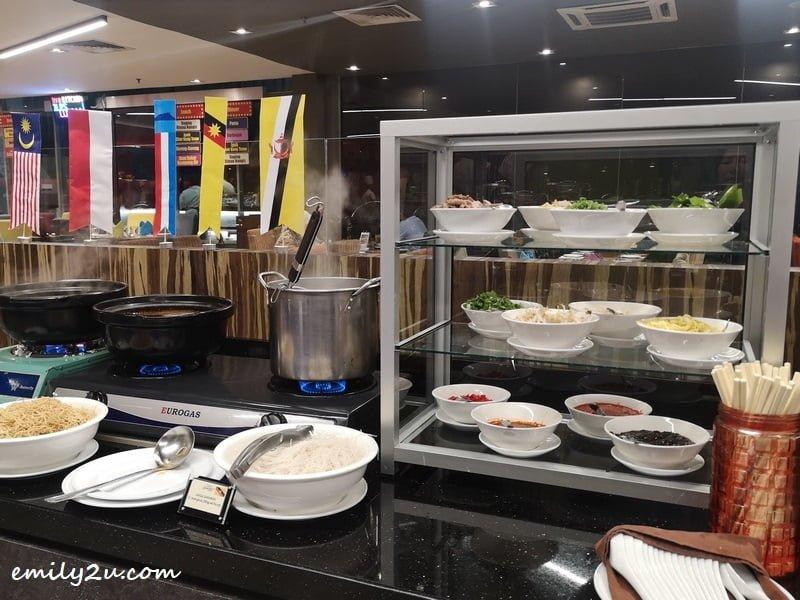 Laksa Sarawak counter