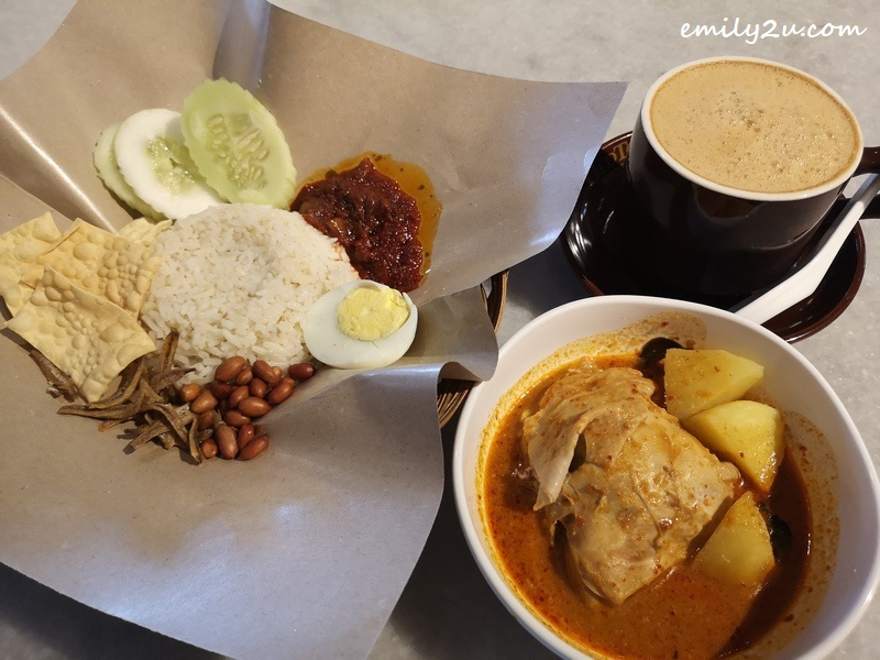 Oldtown Nasi Lemak & Chicken Curry with add-on Oldtown White Coffee