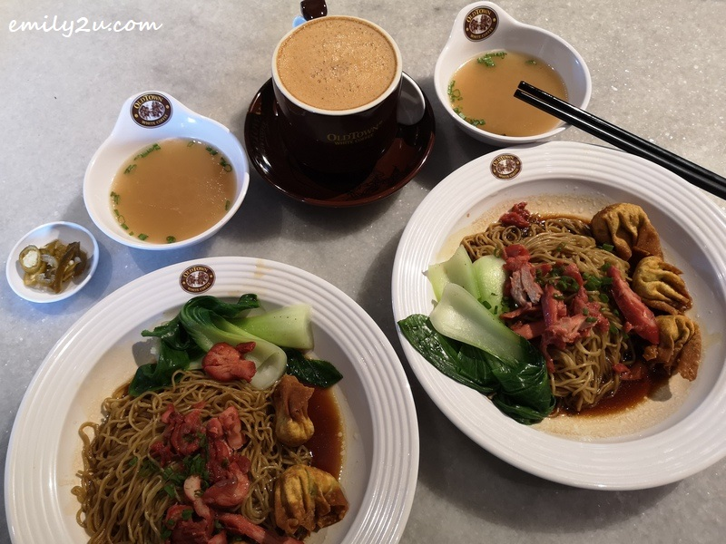 two sets of BBQ Chicken & Fried Wantan Dry Egg Noodles with add-on Oldtown White Coffee