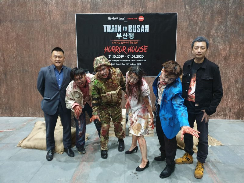 Train to Busan Behind The Scenes (L-R): Roger Ong, Assistant Vice President of Entertainment & Events of Resorts World Genting + Jed Mok, Chief Executive Officer of Vividthree